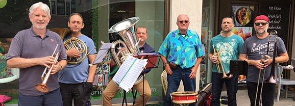 """Dixielandcombo """"Five Brass Soul´s"""" Freitag, 14. Juli um 19 Uhr im Adler"""